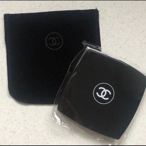 NWT Chanel Compact Makeup Mirror Duo